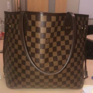 Louis Vuitton MM Neverfull purse damier print